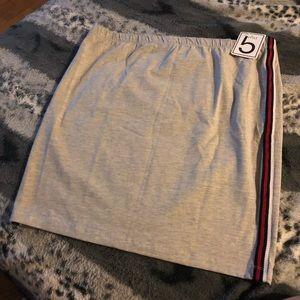 Women Mini Jersey Knit Skirt